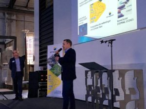 Innovatiemakelaar Harold Vulink op het podium