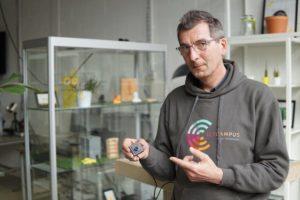Manfred van Voort van iCr3ate met Computer Vision camera